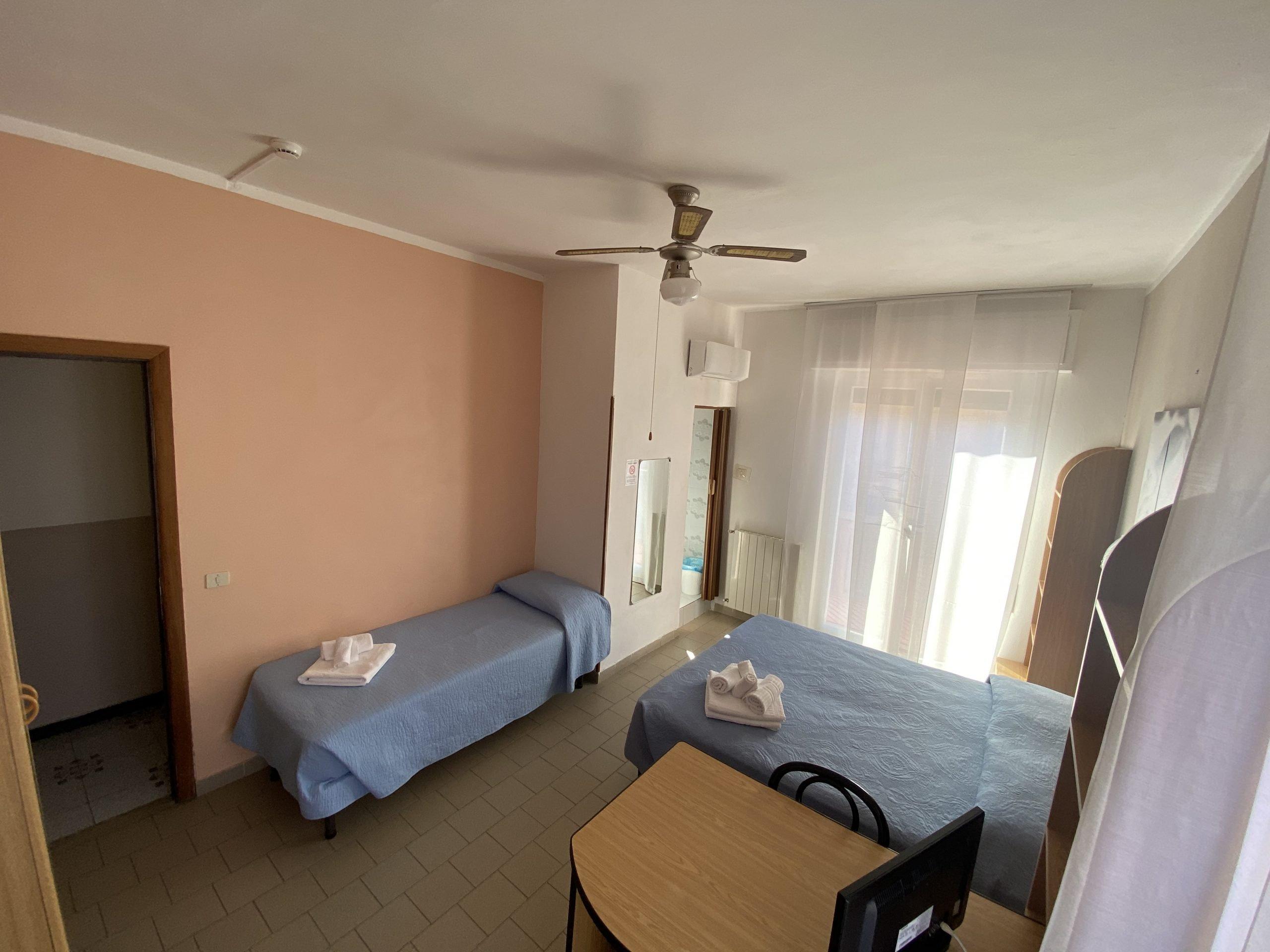 Camera tripla - Hotel Pietra Ligure